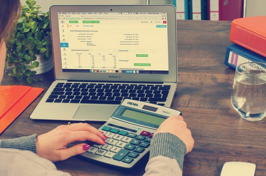 دفترداری ، حسابداری ، مالیات